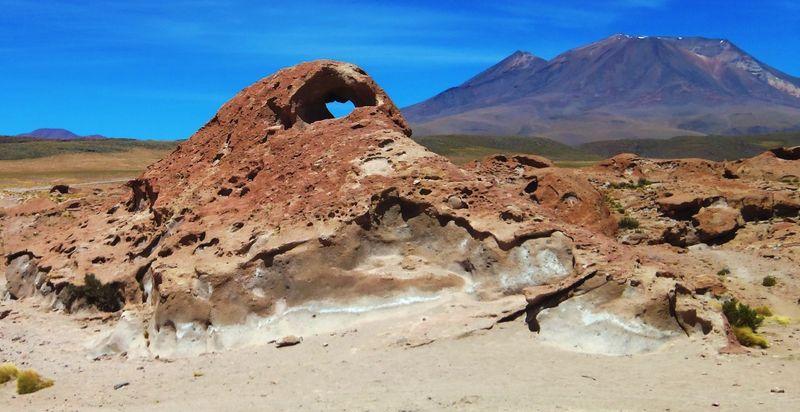100_1991 lava rocks, ollague compressed