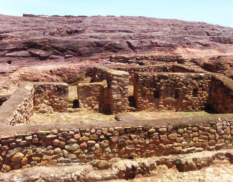 Inca house at El Fuerte, compressed