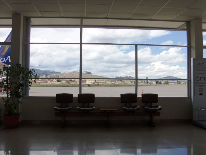 Sucre airport, compressed